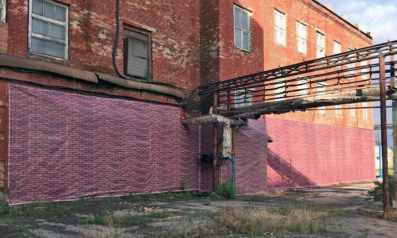Фальш фасад на кирпичную стену